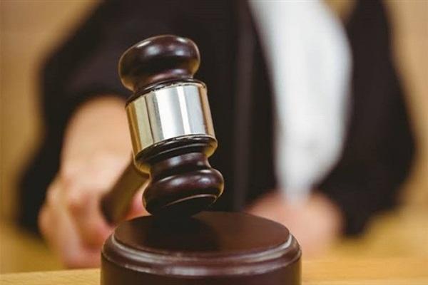 الدستور تنشر التفاصيل الكاملة لإحالة مسؤول بالضرائب للمحاكمة بتهمة تضخم الثروة واستغلال النفوذ